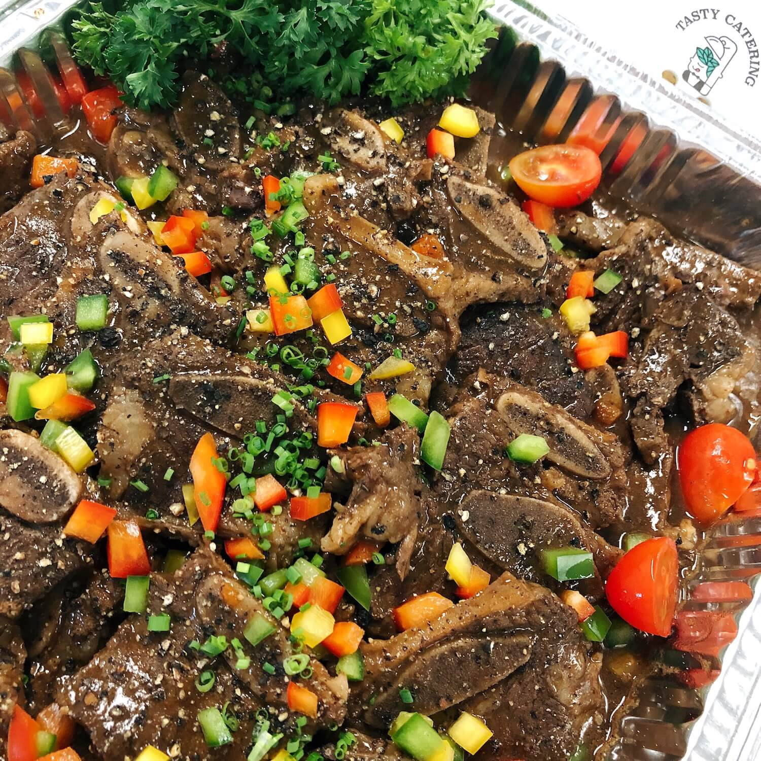香辣燒汁燴牛仔骨 Braised Beef Ribs in Black Pepper Sauce
